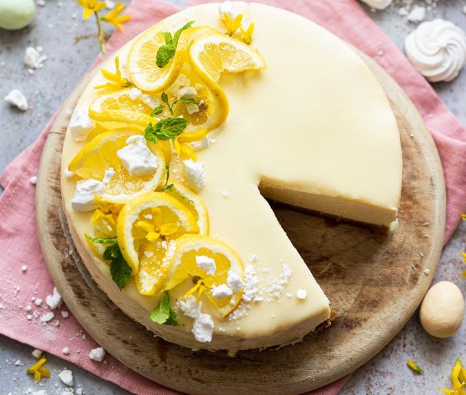 sernik-cytrynowy-z-polewa-jogurtowa